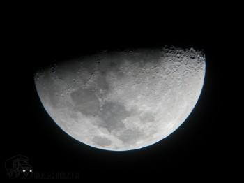Impressive moon shot for a canon G9, even it was shot through a telescope eyepiece at SPACE