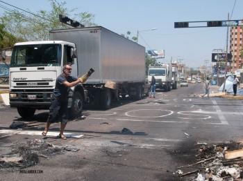 Jurgen clearing a blockade